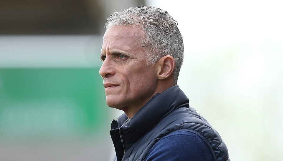 keith curle - photo #43
